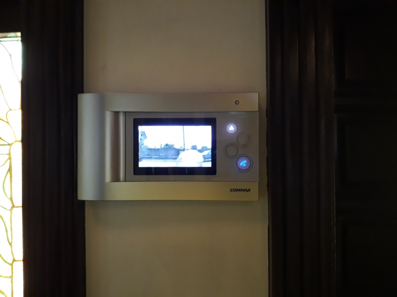 Videointerfon Commax interior 1